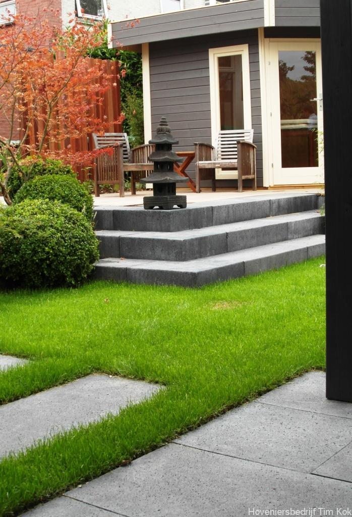 Heerlijk buitenleven tuin te 39 s gravendeel for Eigen moestuin ontwerpen en aanleggen