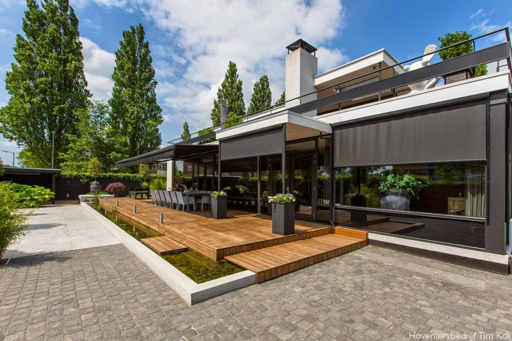 Welnesstuin rotterdam hillegersberg hoveniersbedrijf tim kok for Moderne waterpartijen tuin