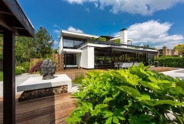 375 houtopslag-haardhout-modern-houthok-maatwerk-luxe-tuin-stijlvolle-tuin-stijltuin-hoveniersbedrijf-tim-kok