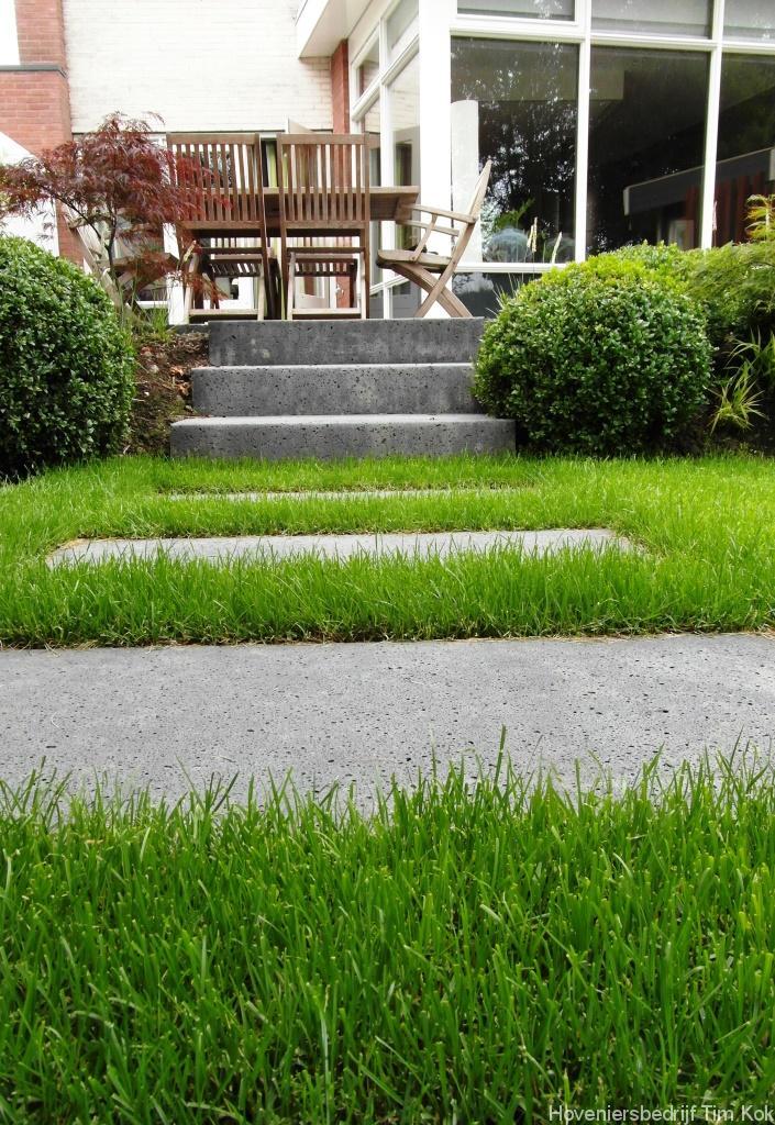 Heerlijk buitenleven tuin te 39 s gravendeel hoveniersbedrijf tim kok - Te dekken moderne tuin ...